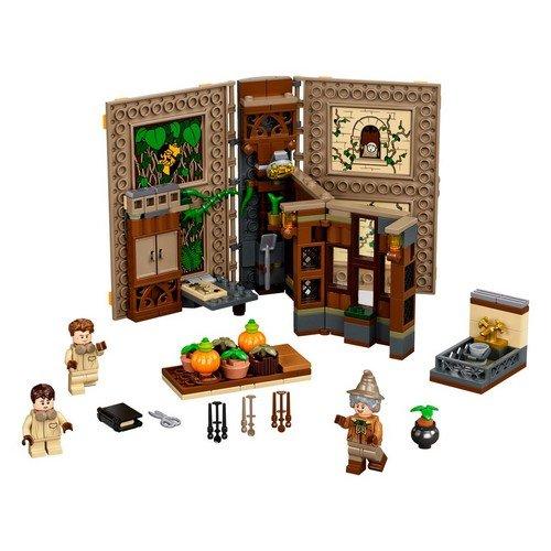 Lego Harry Potter 76384: Lezione di Erbologia a Hogwarts™  (Lingua: Multilingua - Stato: Nuovo)