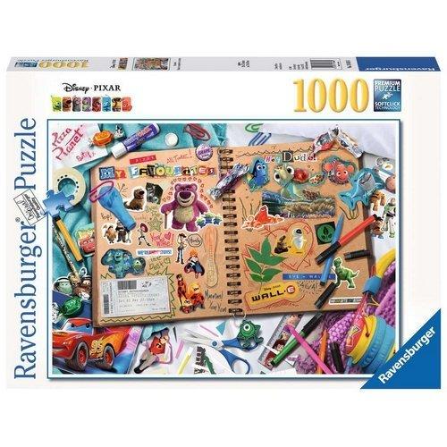 Puzzle 1000: Disney Pixar, Scrapbook  (Lingua: Multilingua - Stato: Nuovo)